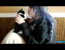 Katės ir šunys kurie nekenčia bučinių - video rinkinukas