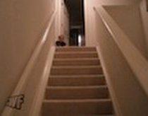 Originalus vaiko greitasis nusileidimas laiptais