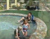Pasislepiantis vandens baseinas