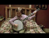 Aštuonmetis Jonny Mizzone labai gerai įvaldęs grojimą bandžą