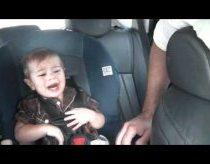 Kūdikis Kuris Nusiramina Tik su Bob Marley Daina