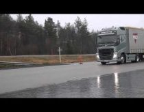 Volvo Trucks - Emergency braking at its best!
