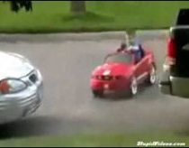 Little Kid does Parallel parking
