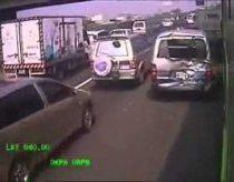 Autobuso avarija Taivanio greitkelyje