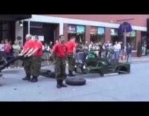 Rebuild a Jeep under 4 minutes