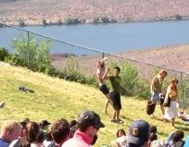 Sasquatch 2009 - Dancing Guy starts a Dance Party on the Hill