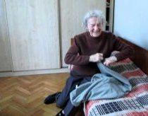 Močiutės Reakcija į Kvietimą eiti Kaip Pora, Pas Draugą į Gimtadienį
