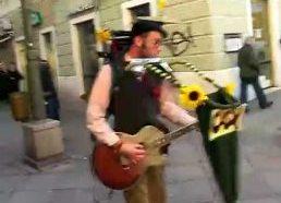 Vieno žmogaus grupė (gatvės muzikantas) Kroatija