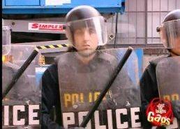 Kitas pričiupom video juokelis su protestuotojais