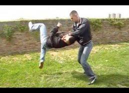 Apsigynimas nuo užpuoliko pradedantiesiems (kovos menų technikos)
