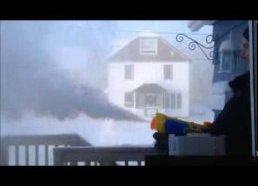 -40 CELSIUS WEATHER WITH BOILING WATER SHOT OUT OF A WATER GUN