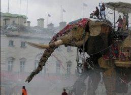 Gigantiškas dramblys robotas