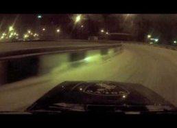 Volvo Driftas žiemą snieguotais keliais