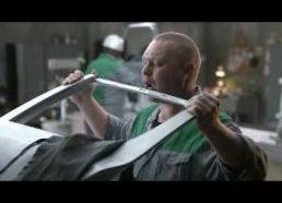 """Škoda Fabia - """"Žalias ir blogas"""" (angl. Mean Green) reklama"""