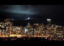 Vankuverio miestas naktį (su Linda Ganzini)
