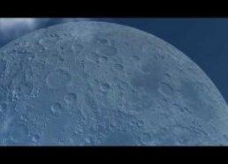 Kaip atrodytų mėnulis jei būtų nutolęs tik 20km (kiek kosminė stotis dabar)