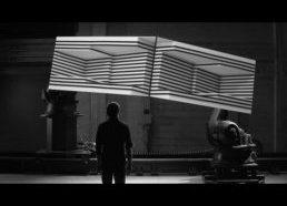 Dėžė - vizualikos ir efektų filmukas