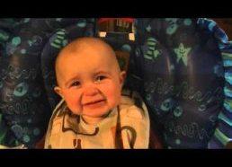 Emocionalus kūdikis ir mamos dainelė