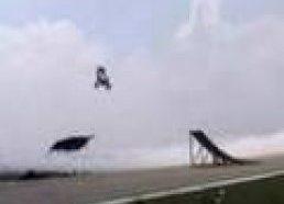 Motociklo ir Lėktuvo triukas