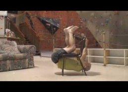 Lankstus alpinistas veteranas (50m.) persiropščia aplink kėdę